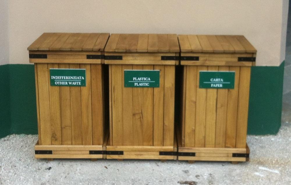 Contenitore in legno per raccolta differenziata plastica - Bidoni per differenziata casa ...