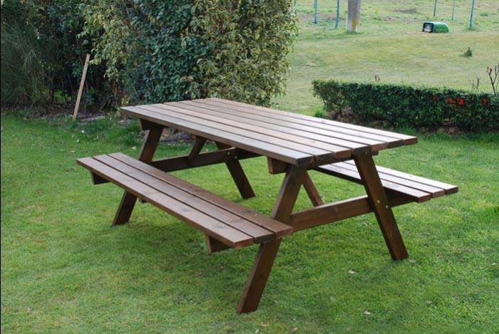 tavolo da giardino in legno 6 posti con panche om legno