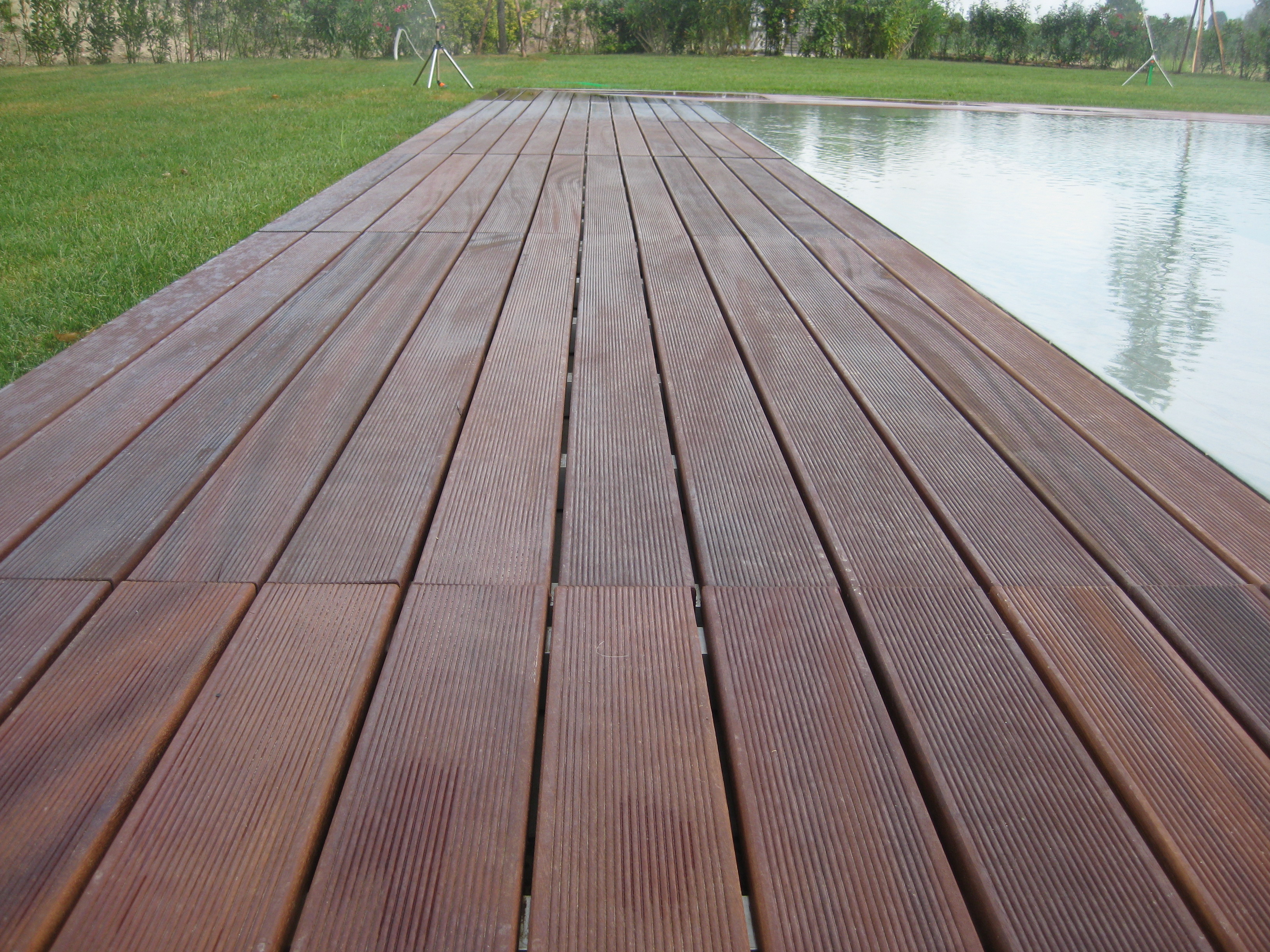 Pavimenti in legno e parquet scale e soppalchi porte e for Esterno pavimenti